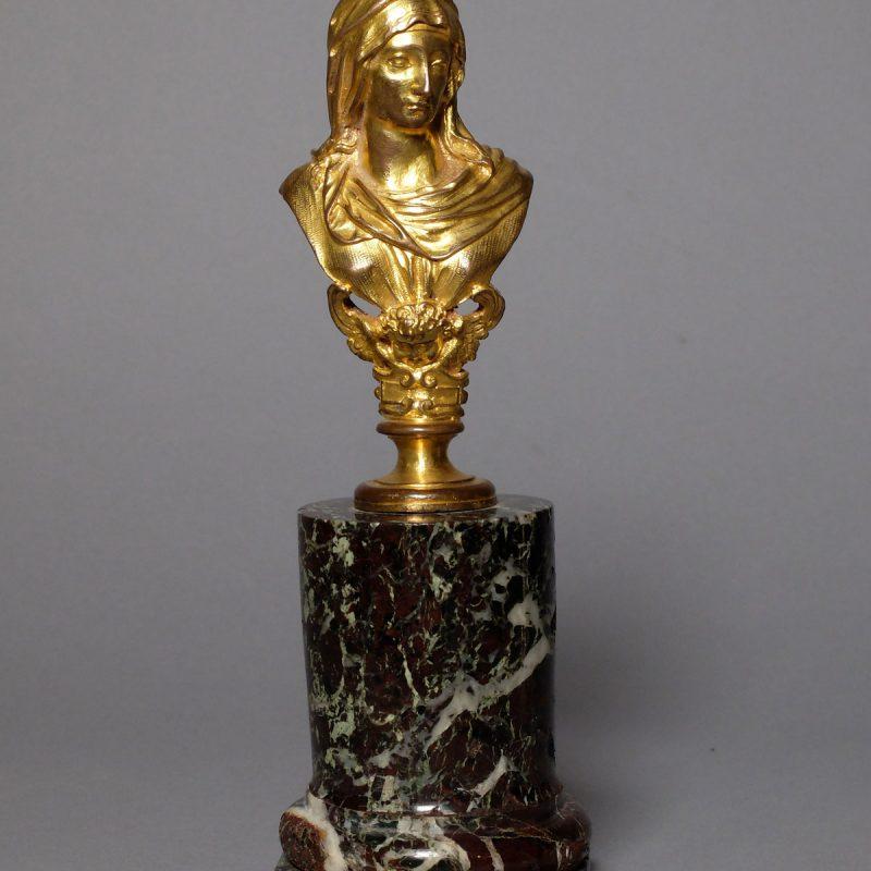 Buste vestale époque Louis XIV