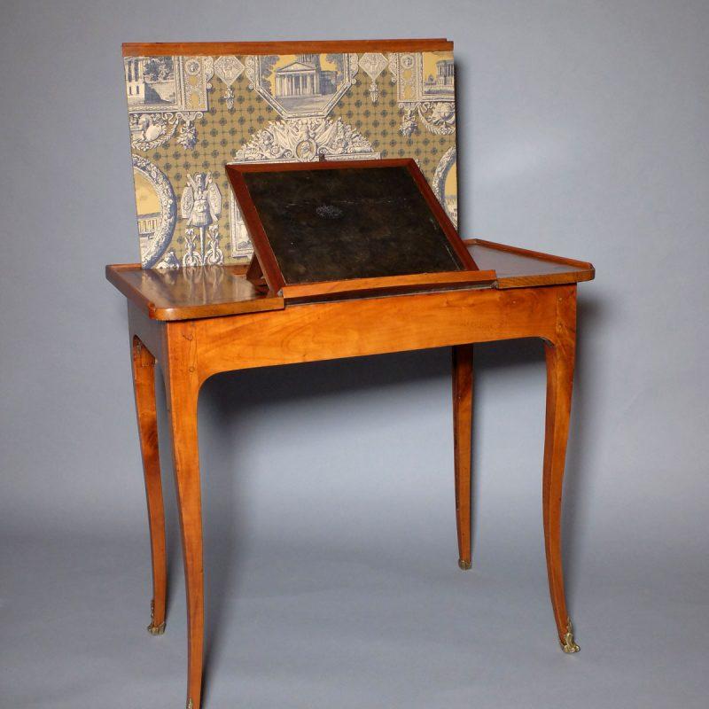 Table liseuse à écran d'époque Louis XV
