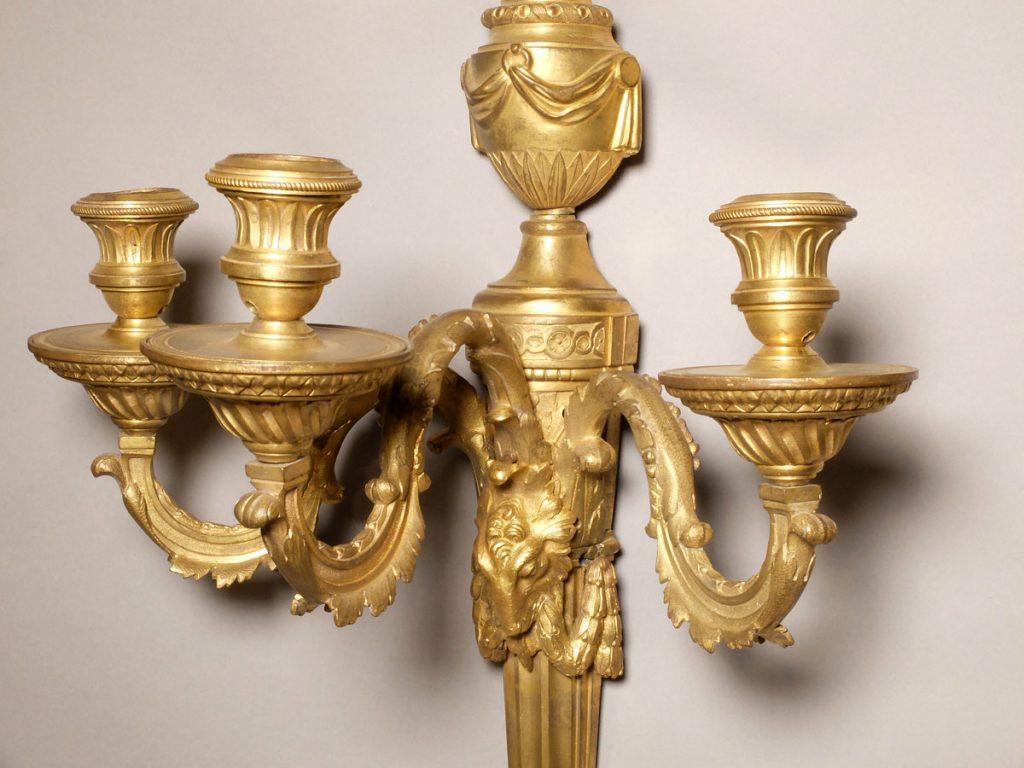 Paire appliques Louis XVI à 3 bras de lumière