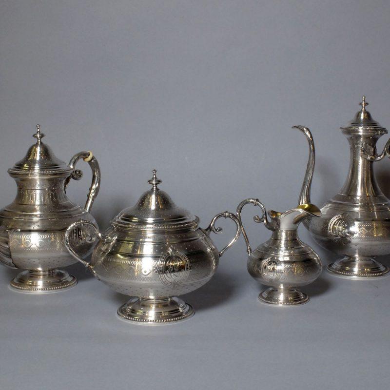 Service thé et café en argent massif
