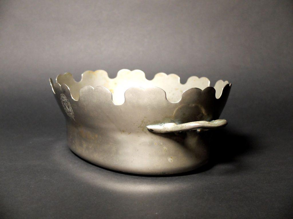 Verrière ou rafraichissoir à verres en métal argenté