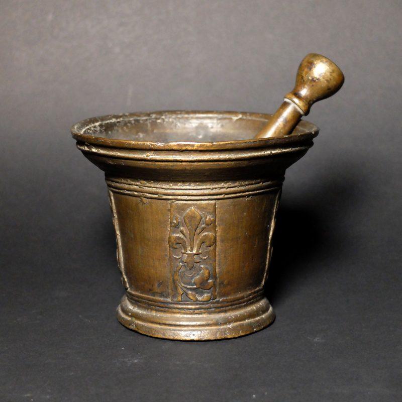 Mortier en bronze XVIIème siècle